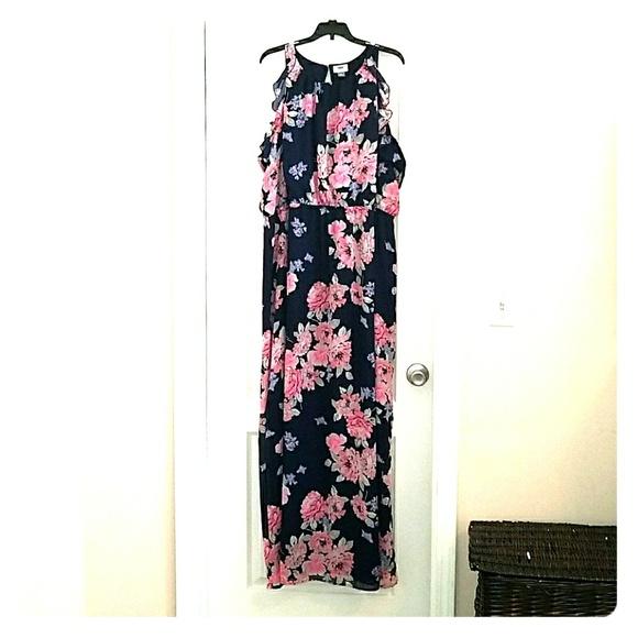 b964f283d28 Old Navy Women s Plus Floral Maxi Dress 4X. M 5aa192542ab8c57de69e04bd